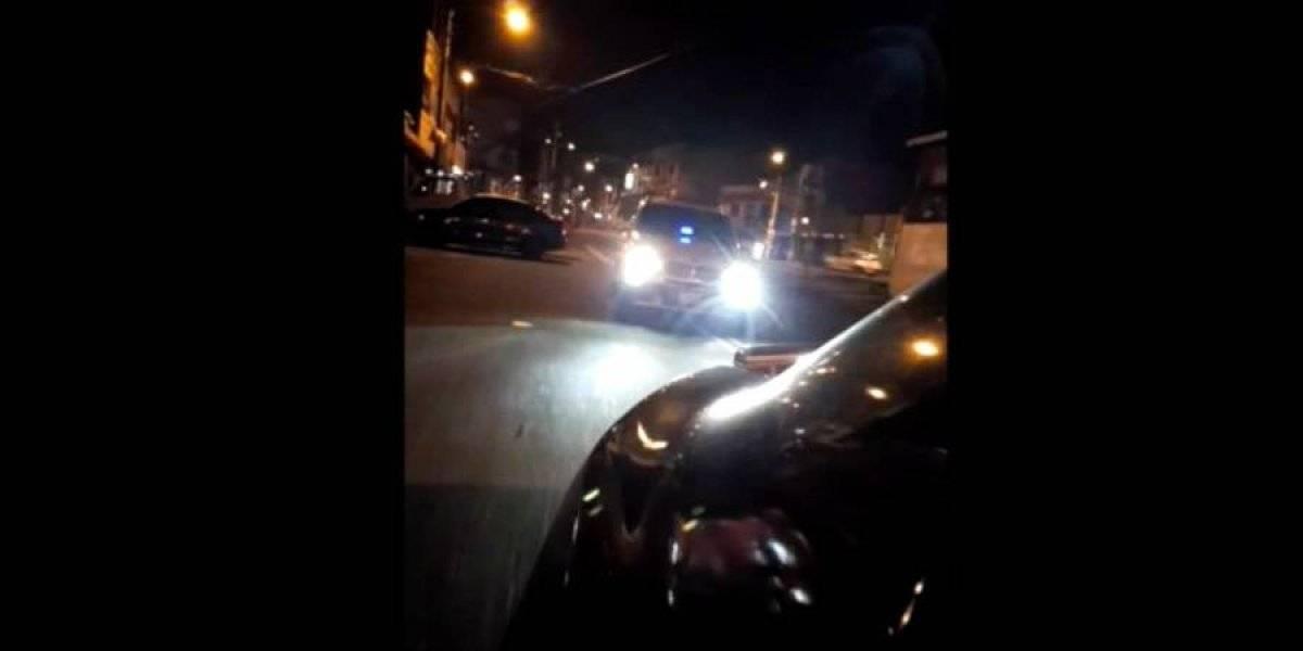 VIDEO. Familia sufre acoso por parte de conductor que se pasa un alto