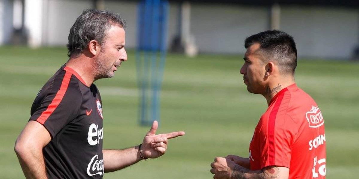 """Ex ayudante de Pizzi en la Roja: """"Nunca vi a un futbolista en estado de ebriedad, con síntomas o un olor a nada"""""""