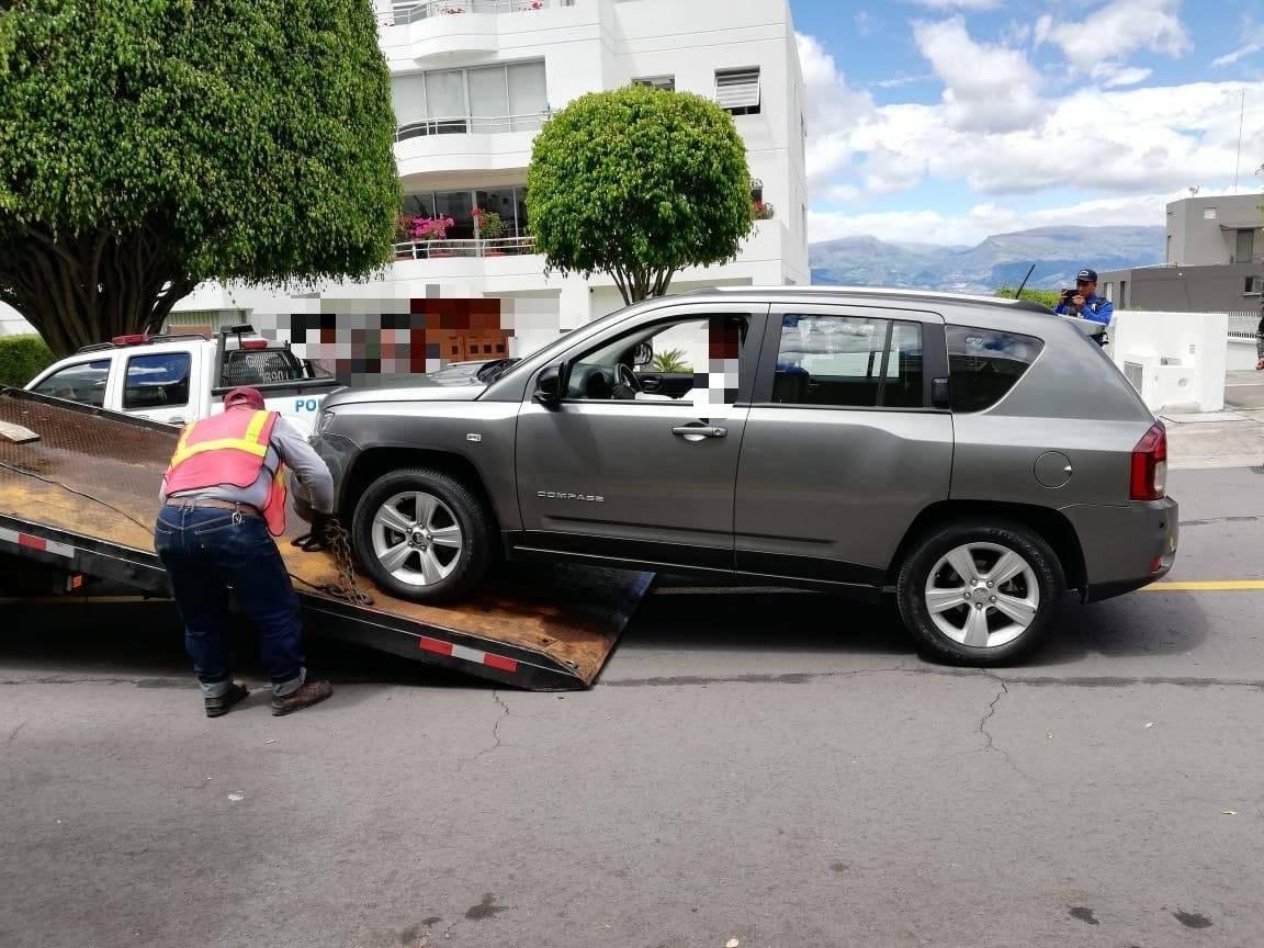 Localizan al auto involucrado en accidente en Cumbayá Twitter María Paula Romo
