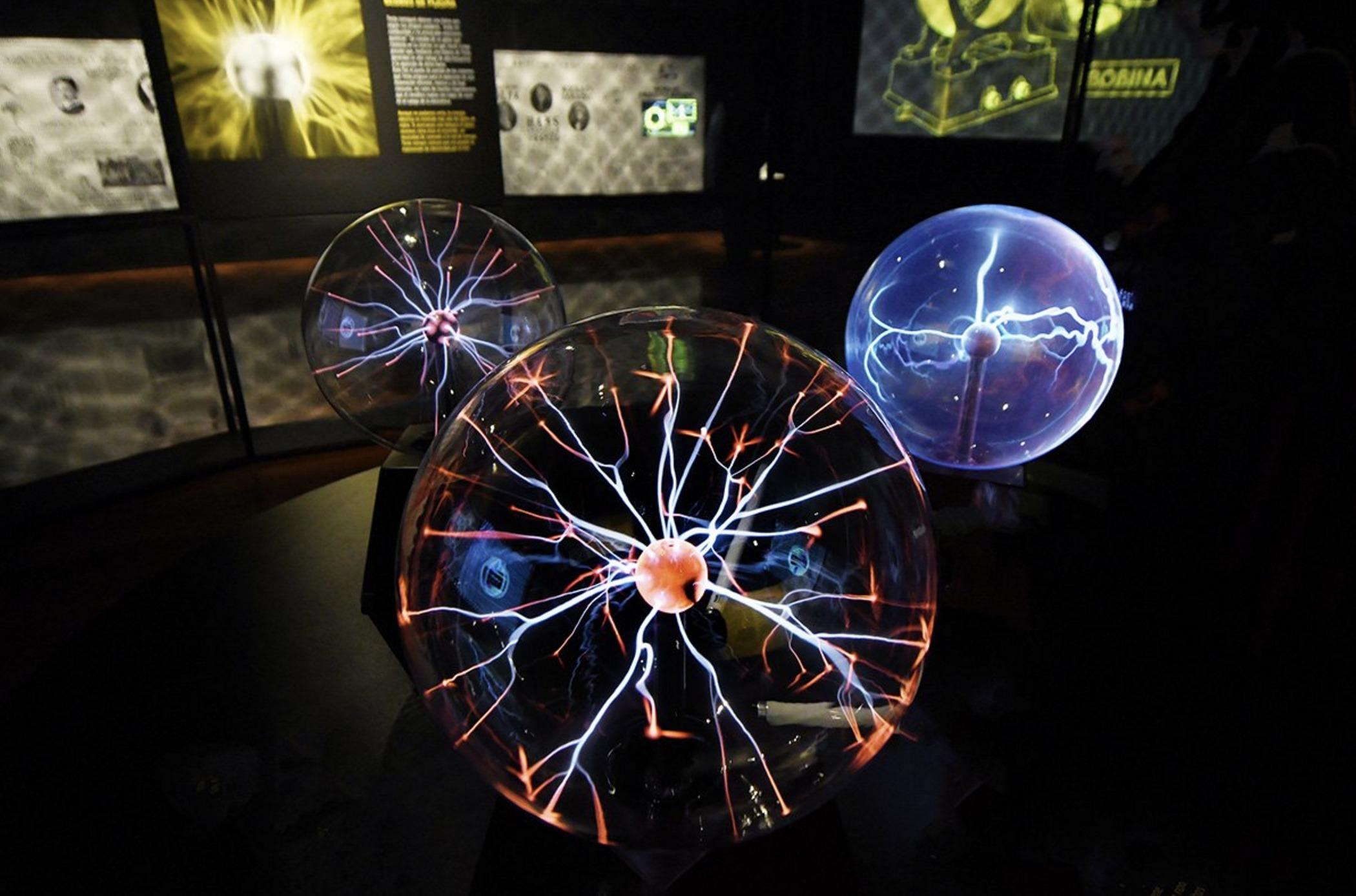nikola tesla plasma