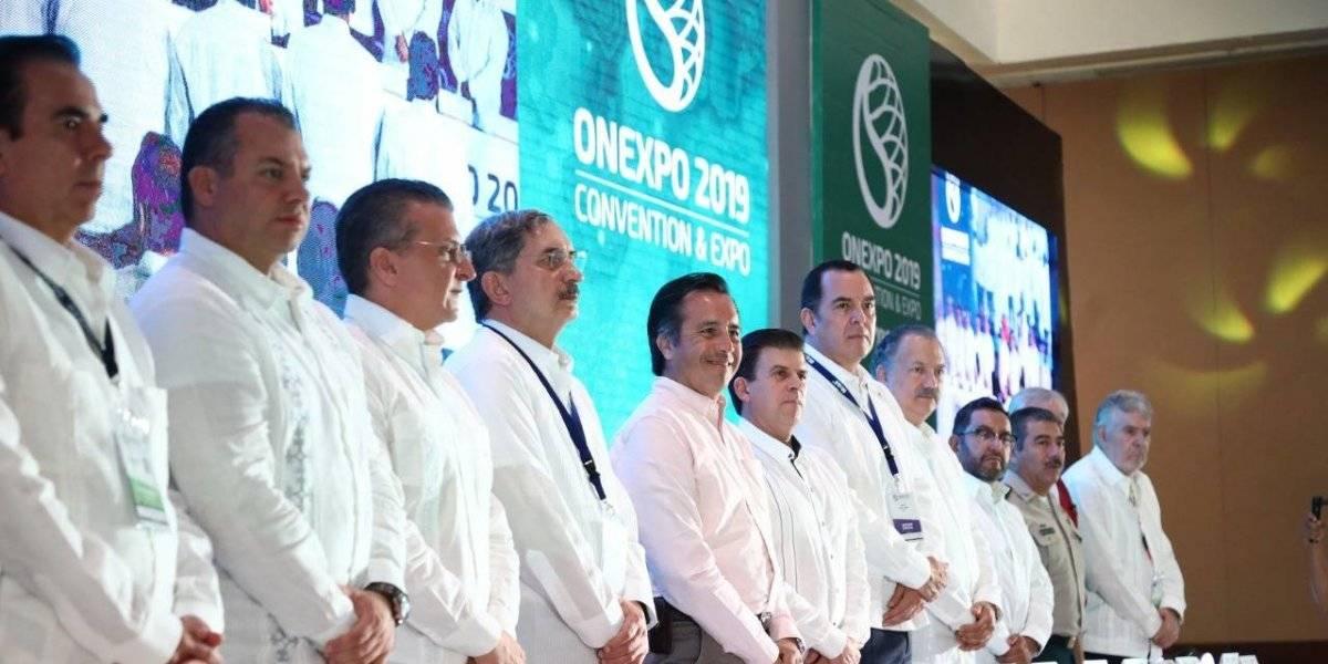 Veracruz recibe a empresarios gasolineros de todo México