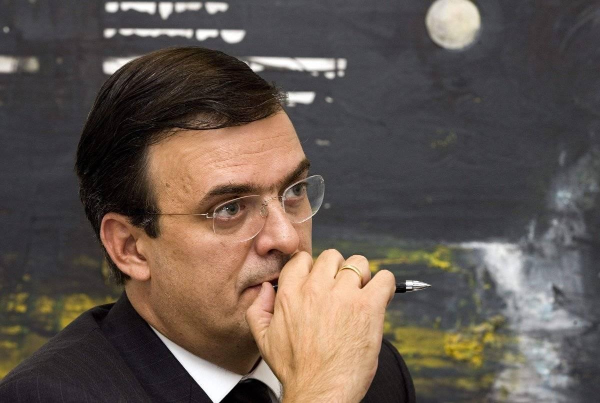 """2008.- Como Jefe de Gobierno de la Ciudad de México anunció un refuerzo en la """"seguridad"""" de la capital del país. Foto: EFE"""