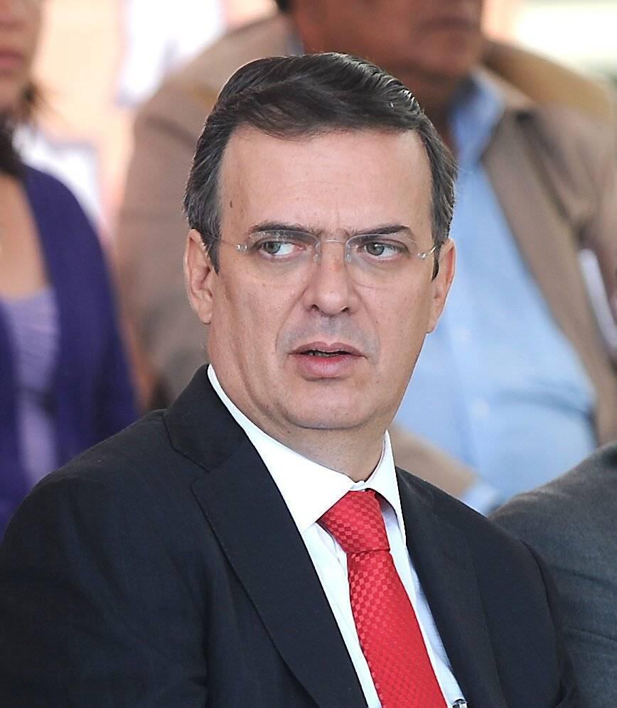 2011.- Hizo público que su divorcio de la actriz Mariagna Prats, con quien se casó en 2006. Foto: EFE