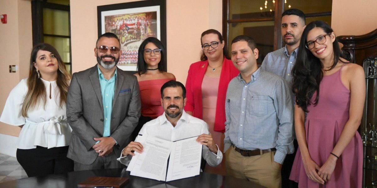 Gobernador firma orden ejecutiva para crear Consejo Asesor en Asuntos de Videojuegos