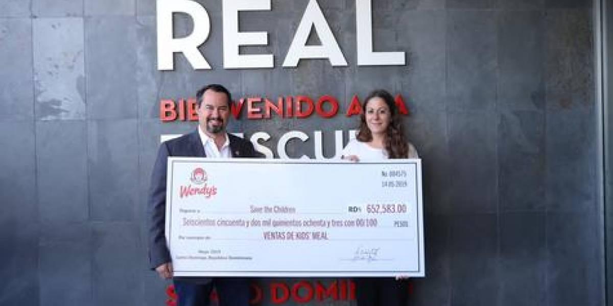 #TeVimosEn: Wendy's, entrega donativo a Fundación 'Save the Children'