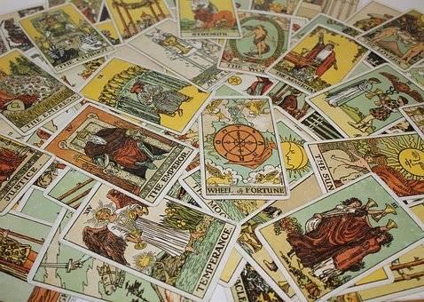 tarot-gitano-tiene-respuestas-para-tu-vida-Cómo aprender a leer las cartas del Tarot Gitano