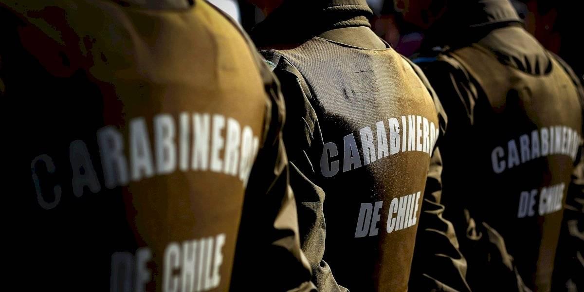 Detienen a  diez carabineros acusados de torturar a comerciantes ambulantes en el Barrio Meiggs