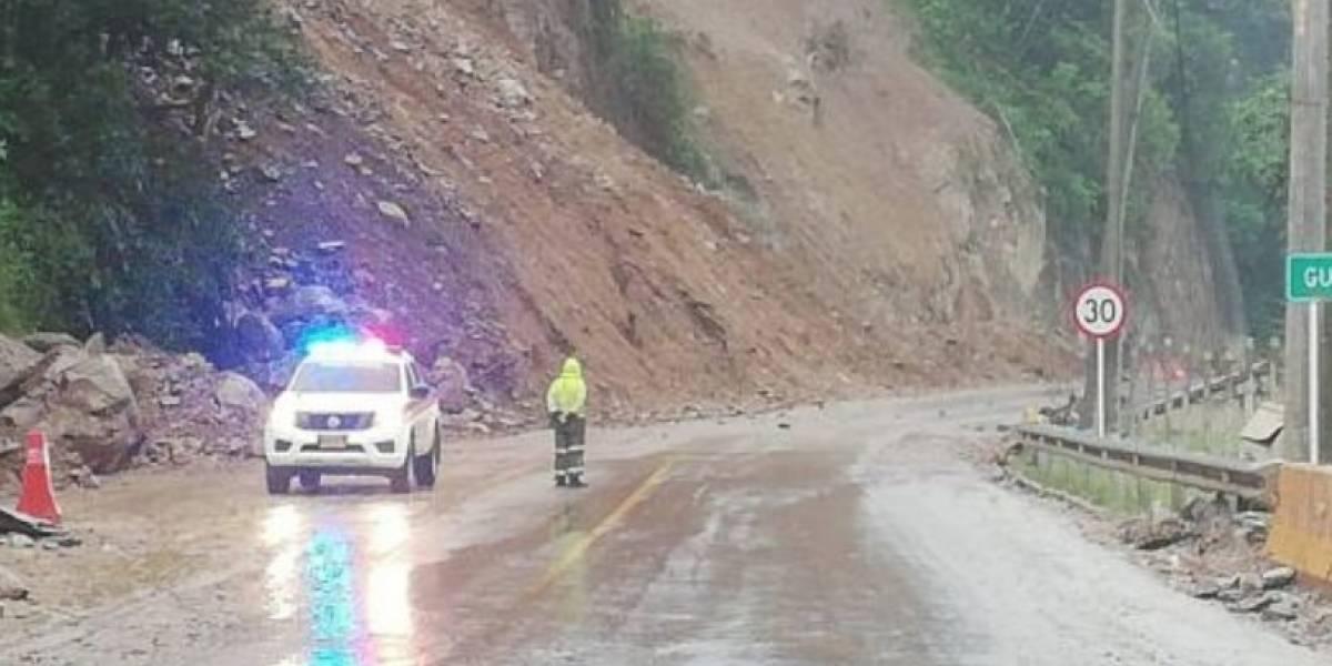 Anuncian medidas para superar deslizamientos en vía al Llano
