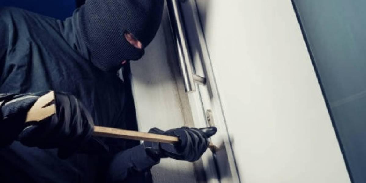 Ladrones se llevan cerca de 19 armas de una casa en Corozal
