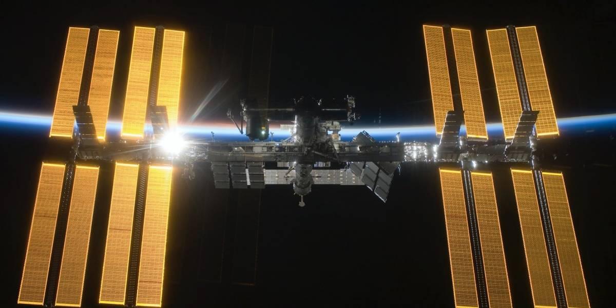 NASA permitirá viajes de astronautas privados a la EEI