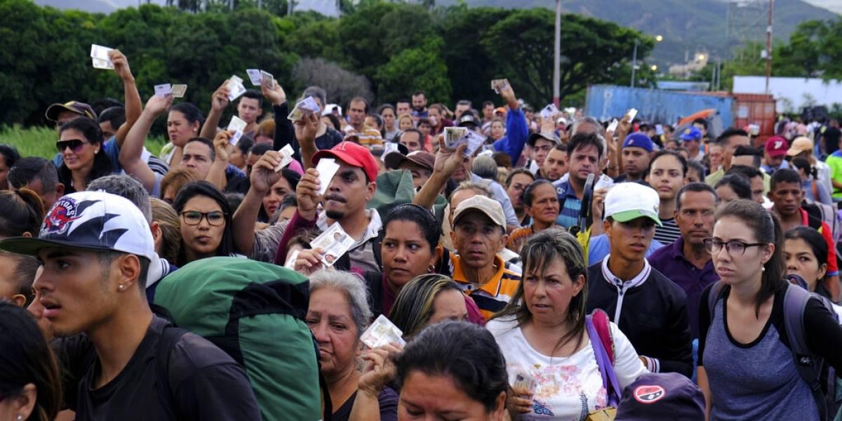 Venezuela reabre cruce fronterizo con Colombia tras 4 meses cerrado: miles cruzan a comprar medicinas y alimentos