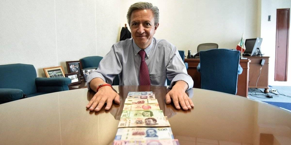 Banco de México se despide del billete de 200
