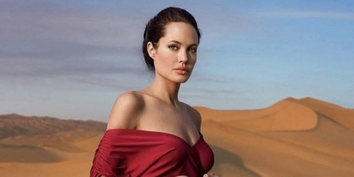 Internautas afirman que Angelina Jolie sufre de anorexia por controversiales fotografías