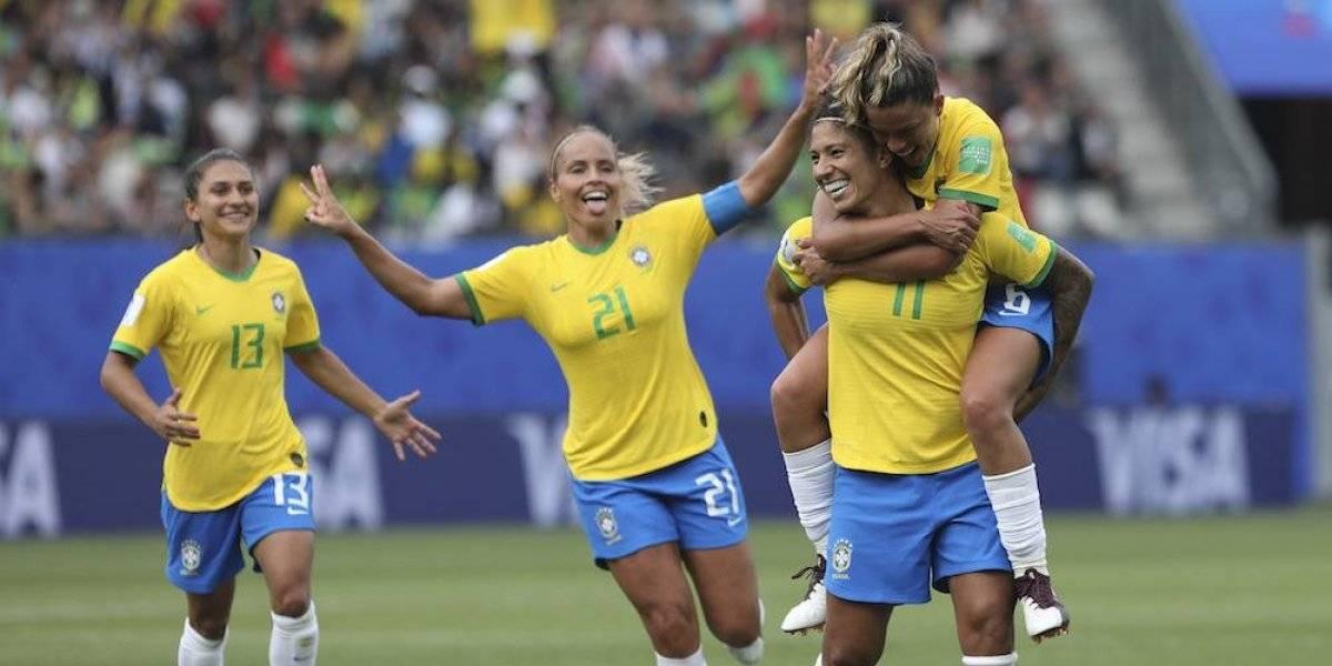 Brasil arranca con goleada en el Mundial Femenil