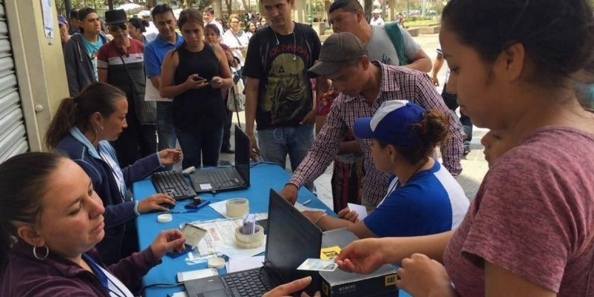 Oposición boliviana marcha para pedir elecciones limpias