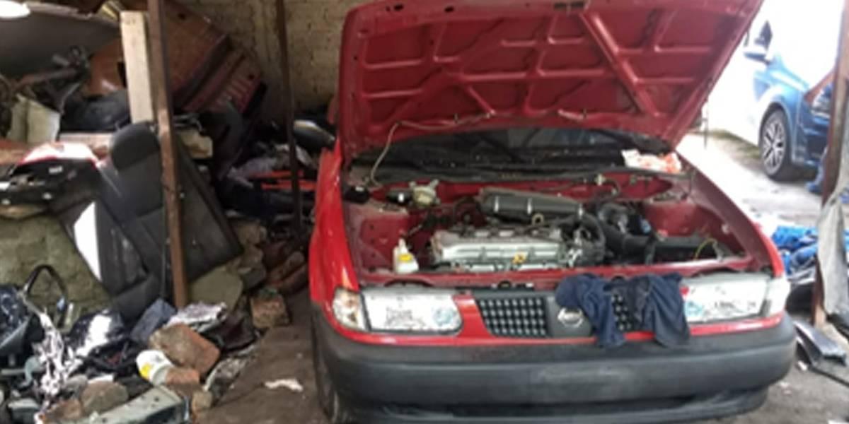 Localizan finca en El Salto donde desmantelaban vehículos robados
