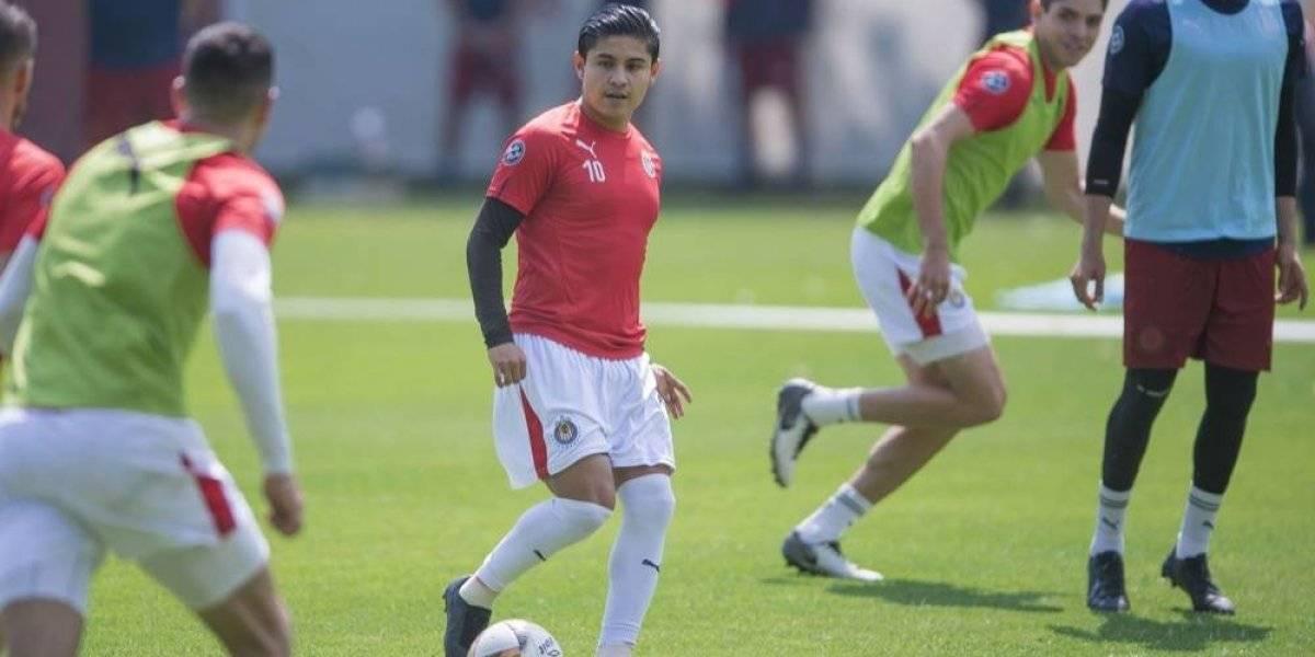"""Chofis"" López se siente obligado a responder en Chivas"