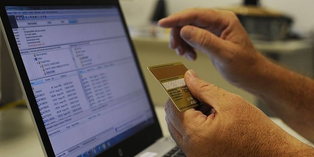 IBGE: Um em cada quatro brasileiros não tem acesso à internet