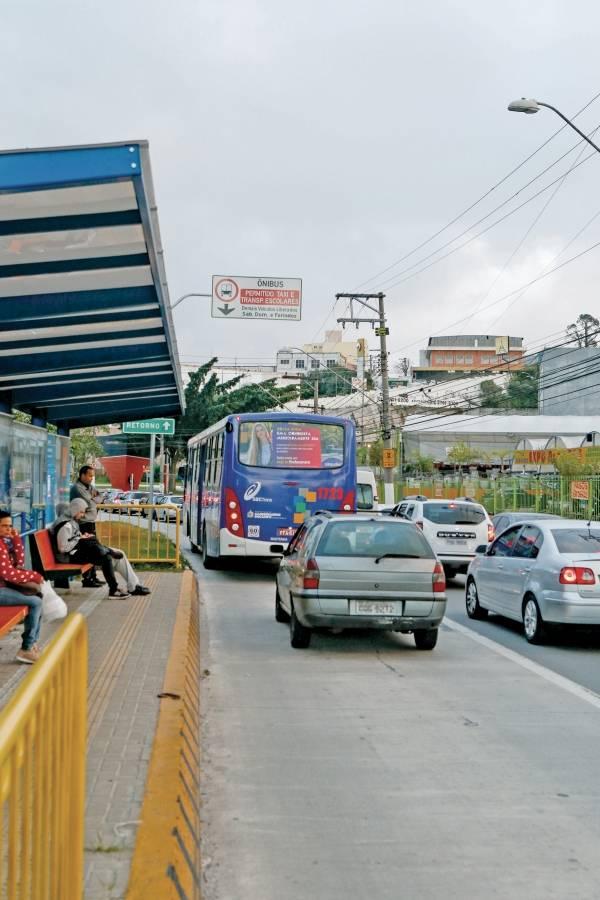 avenida João Firmino, na Vila Assunção, em São Bernardo