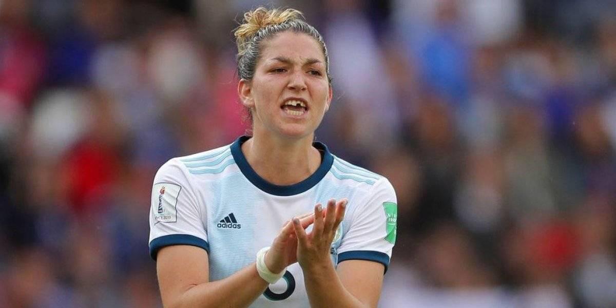 Jugadora pierde diente, pero Argentina hace historia en el Mundial