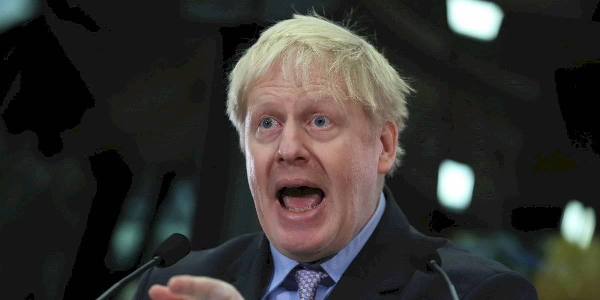 Boris Johnson pide a la reina Isabel II suspender el Parlamento británico para intentar evitar que se produzca un Brexit sin acuerdo