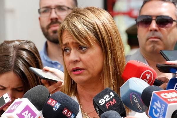"""Jacqueline Van Rysselberghe fue increpada cuando votó en Concepción: """"Que dé la cara"""""""