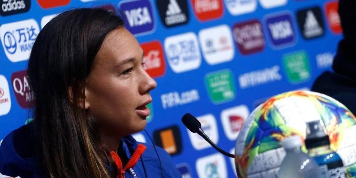 """Endler se ilusiona con el debut de la Roja femenina: """"Van varias sorpresas en el Mundial, queremos ser una de ellas"""""""