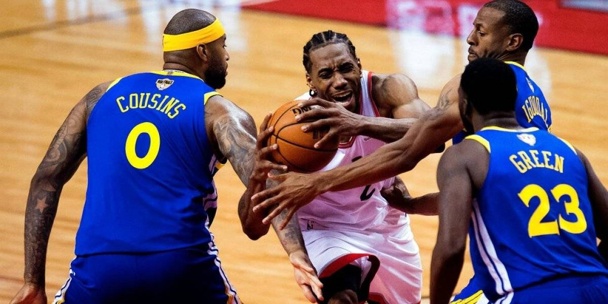 Golden State Warriors logra increíble triunfo en Toronto y estira la final de la NBA