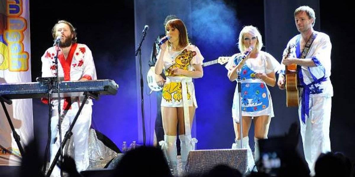 """""""Bailando ABBA a las 2 de la mañana"""": el prendido grupo de suecos que se transformó en viral por su elaborada coreografía"""