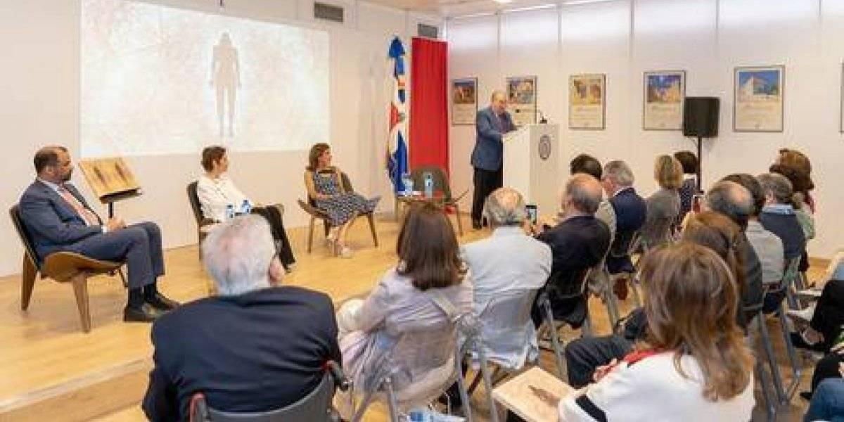 """Grupo SID presenta libro """"Zumeca"""" en """"Feria del Libro de Madrid"""""""