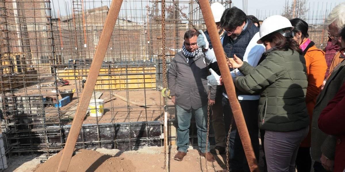 Inmobiliaria popular en Recoleta: alcalde Jadue puso la primera piedra y proyecto estaría listo en marzo de 2020