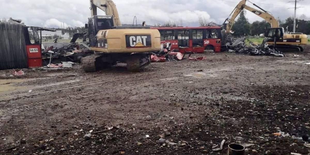 VIDEO: así avanza el proceso chatarrización de los buses viejos de TransMilenio