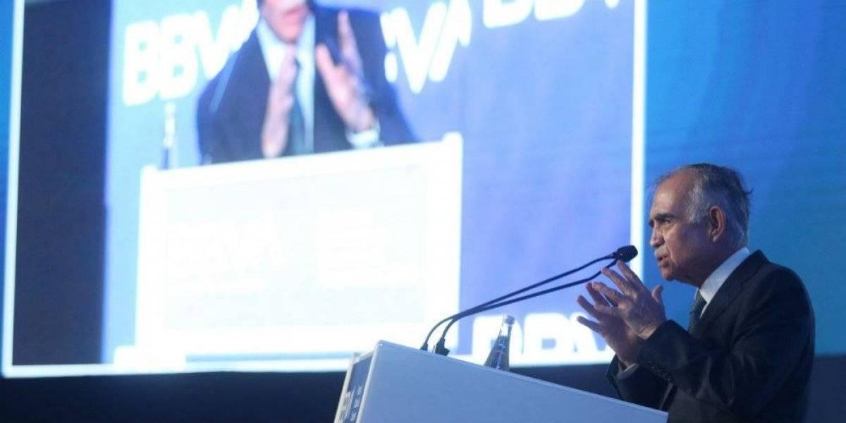 Para hacer eficaz a Pemex se necesita inversión privada: Alfonso Romo
