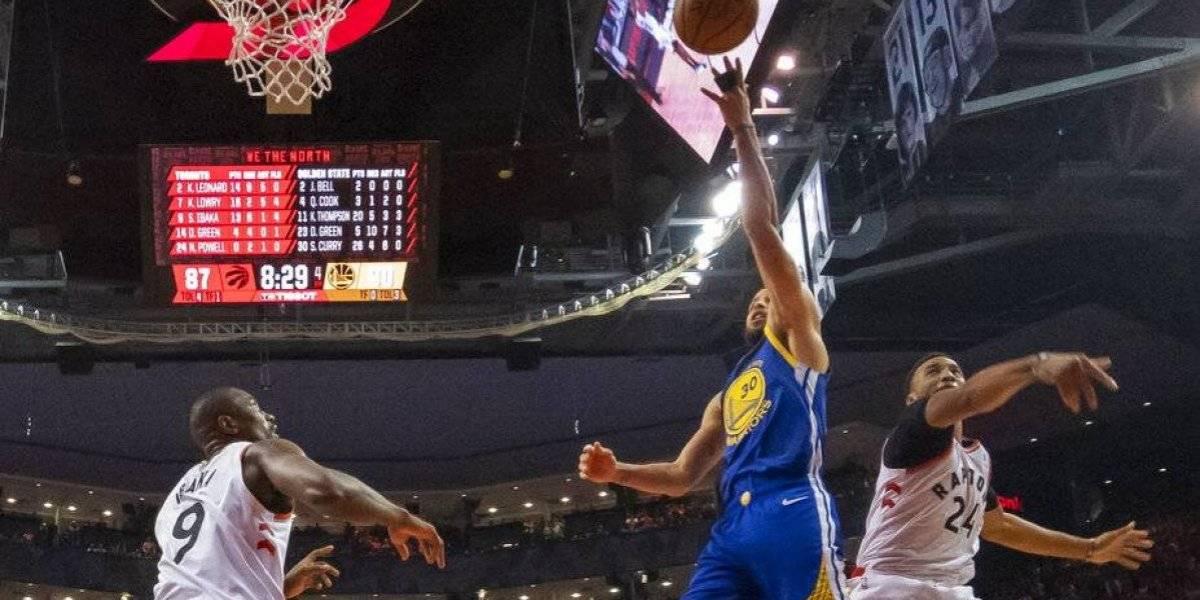 ¡Por un punto! Golden State sobrevive y alargan la final frente a los Raptors