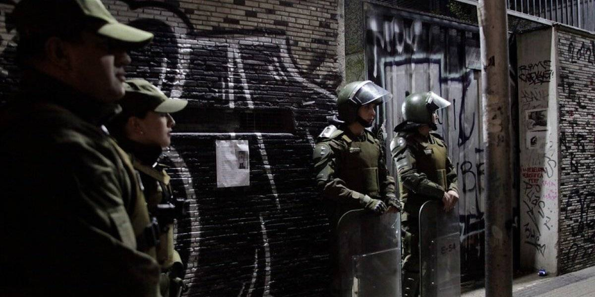 Alumnos del Instituto Nacional abandonaron recinto tras orden de desalojo