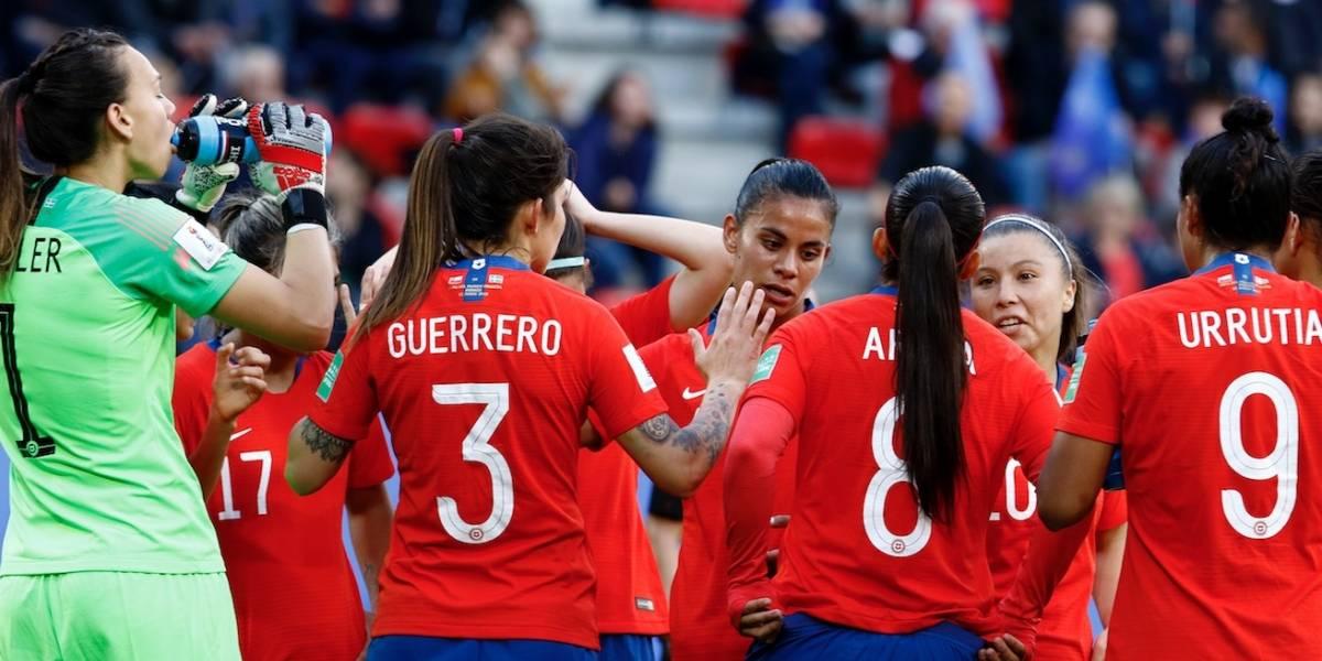 La Roja femenina debutó con alto rating y dejó a CHV en el primer lugar