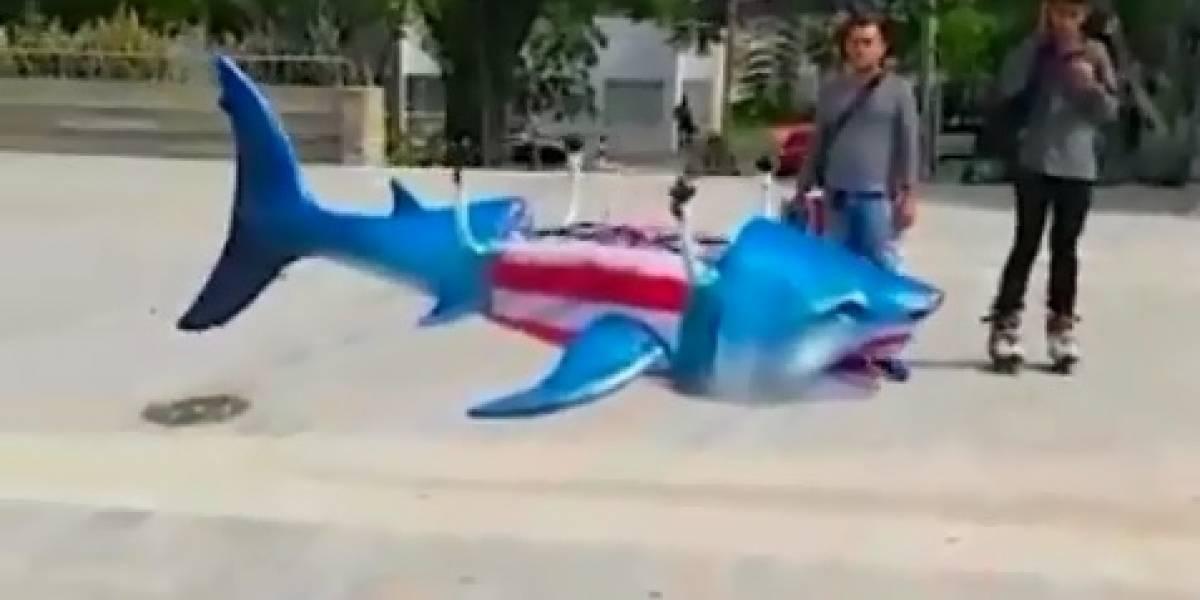 En video: El Junior de Barranquilla ya tiene como mascota a un tiburón drone