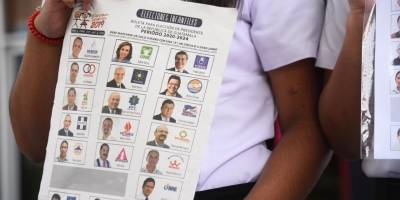 Inicia distribución de material electoral infantil en los departamentos