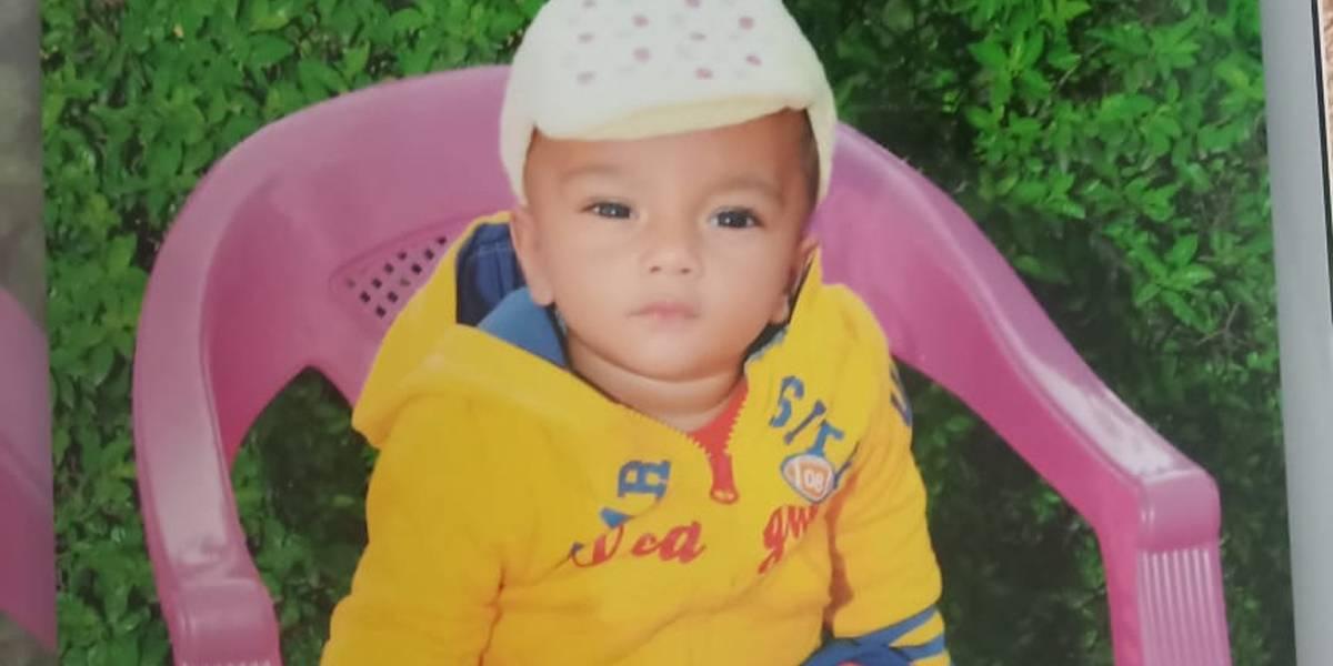 Menino de 2 anos morre após cair em poço de mais de 30 metros na Índia