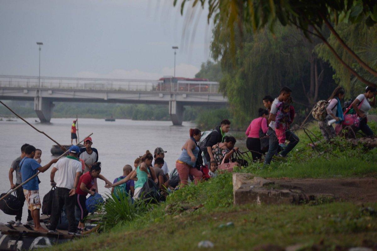Decenas de familias entran a territorio mexicano en busca del sueño americano. Foto: Cuartoscuro
