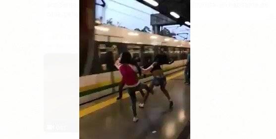 Pelea en el Metro de Medellín