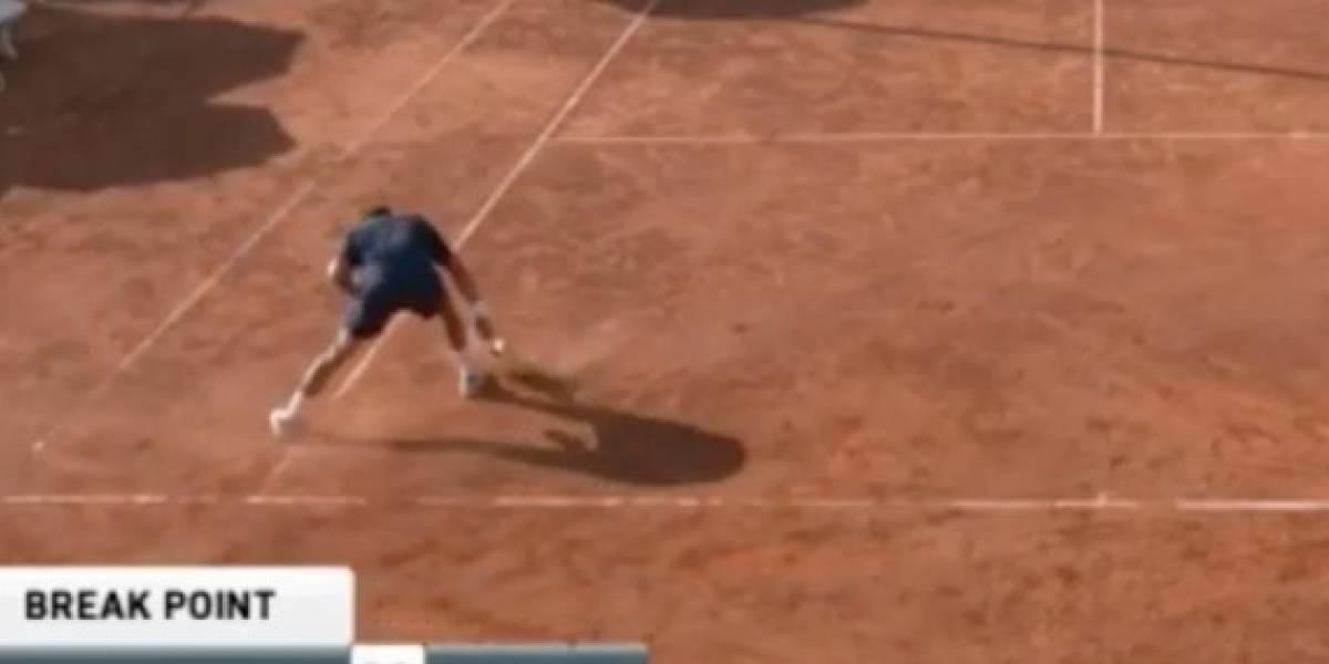 VIDEO: Tenista destruye su raqueta luego de una derrota