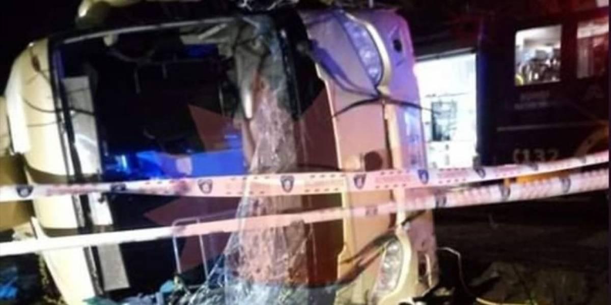 San Clemente: investigan causas de volcamiento de bus con trabajadores que dejó tres fallecidos