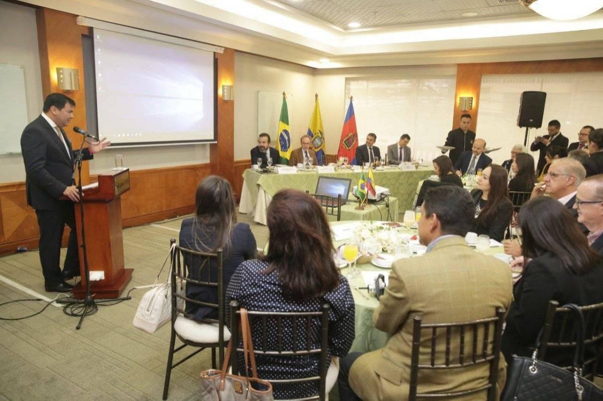 Presidente de Asamblea Nacional se reunió con empresarios para fortalecer las relaciones con Ecuador y Brasil