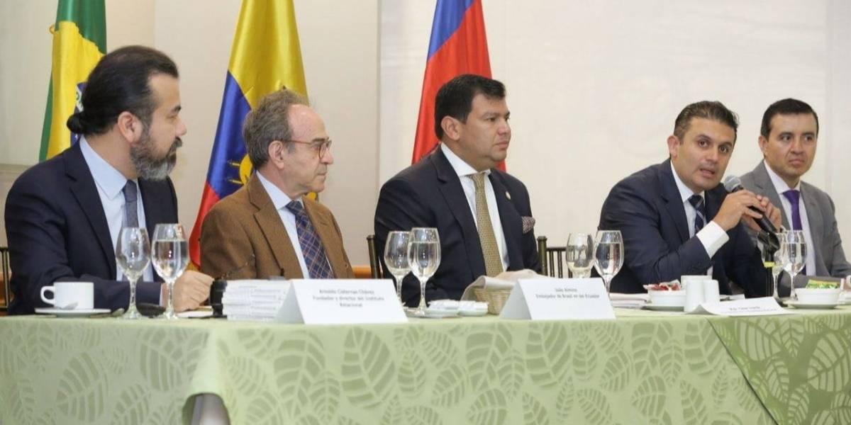 Presidente de Asamblea se reunió con empresarios para fortalecer relaciones con Brasil
