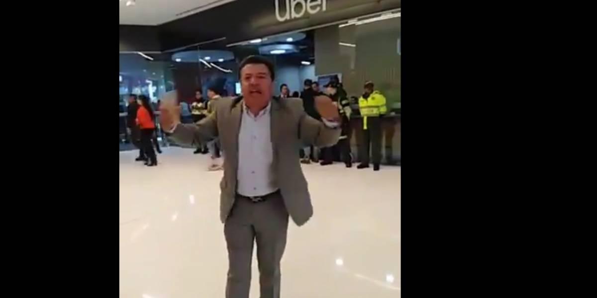 VIDEO: taxistas llegaron de sorpresa a oficinas Uber en Bogotá y armaron tremendo escándalo