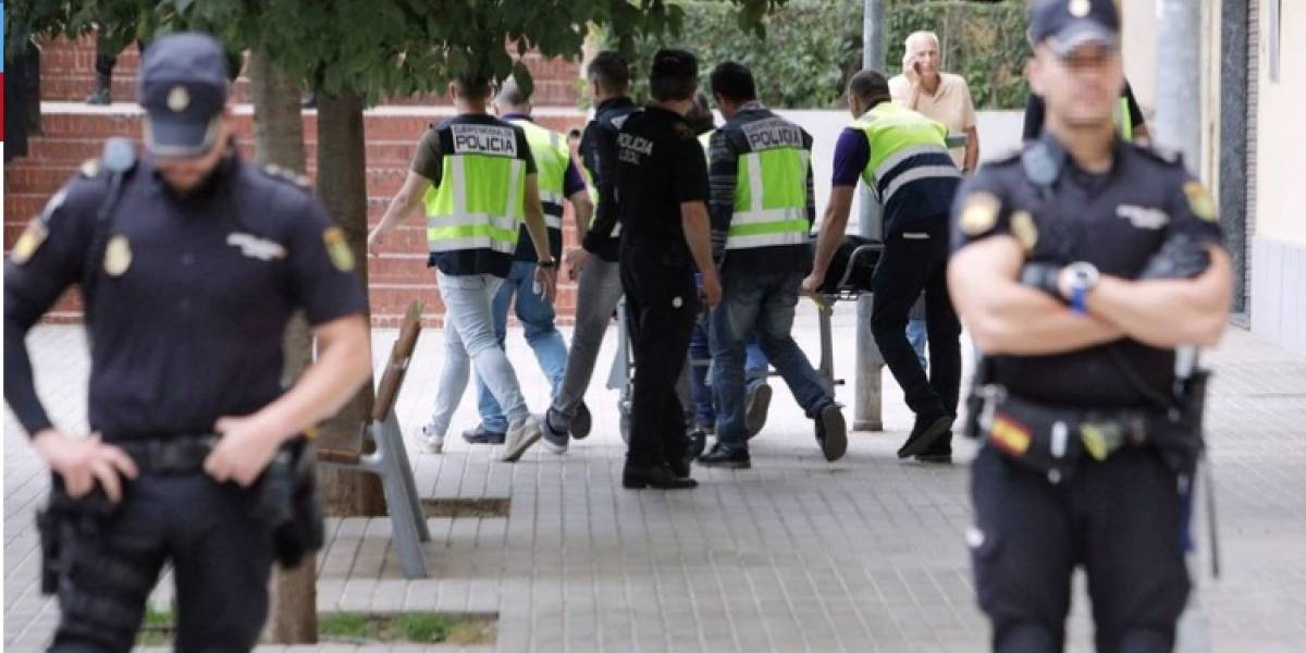 Degollan en su domicilio a una mujer embarazada en España