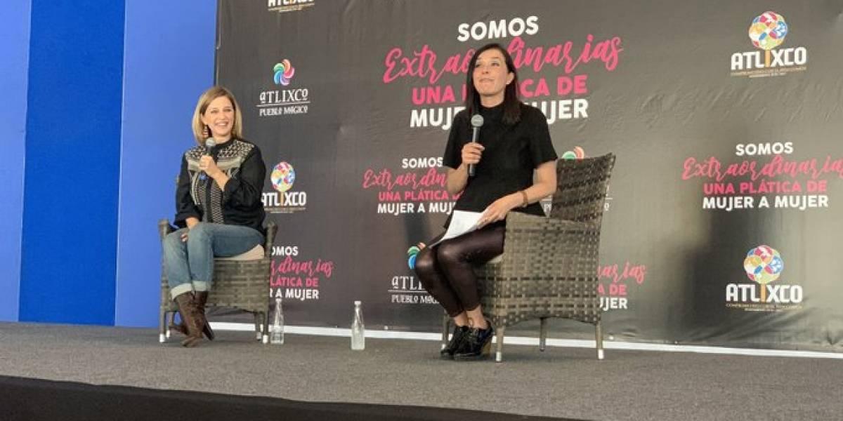 Claudia Ramírez y Karla Iberia Sánchez compartiendo conocimiento a otras mujeres extraordinarias