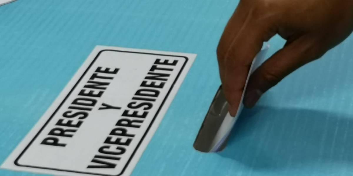 ¿Es el voto nulo una opción real en las próximas elecciones? Analistas explican sus implicaciones