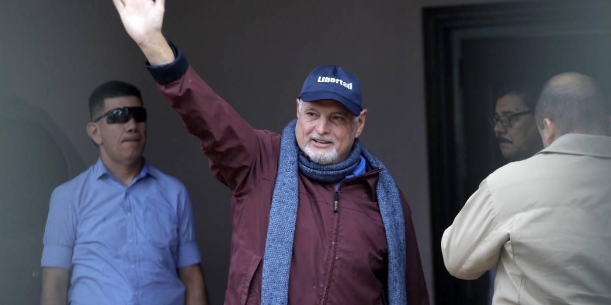 Excarcelan al expresidente Ricardo Martinelli, tras un año detenido en Panamá